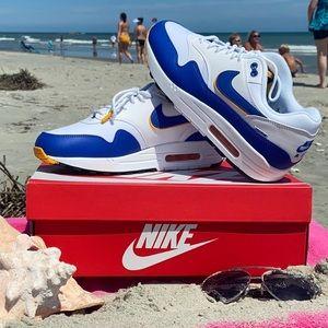 🅝🅦🅣🏖 Nike air max 🏖ᴡʜᴛ/ʙʟᴜᴇ/ʏᴇʟʟᴏᴡ•ʀᴀʀᴇ•sɪᴢᴇ.